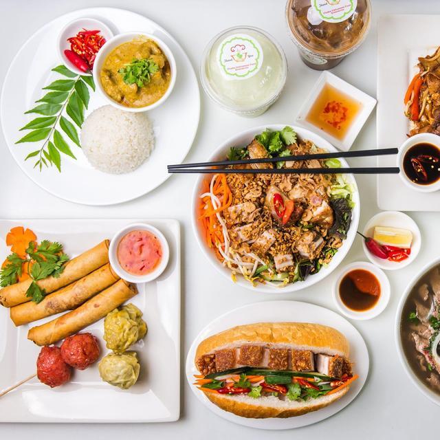 Vietnam Delicious Food